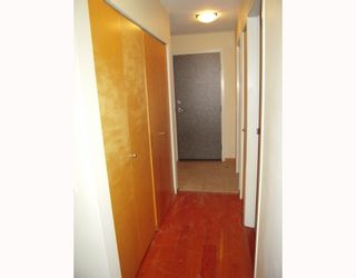 """Photo 8: 204 638 W 7TH Avenue in Vancouver: Fairview VW Condo for sale in """"OMEGA CITY HOMES"""" (Vancouver West)  : MLS®# V798898"""