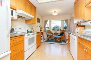 Photo 12: 18 4120 Interurban Rd in VICTORIA: SW Strawberry Vale Row/Townhouse for sale (Saanich West)  : MLS®# 796838