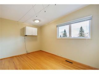 Photo 14: 5623 LODGE Crescent SW in Calgary: Lakeview House for sale : MLS®# C4117298
