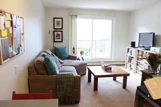 Photo 2: 204 2508 17 Street SW in Calgary: Bankview Apartment for sale : MLS®# C4292348