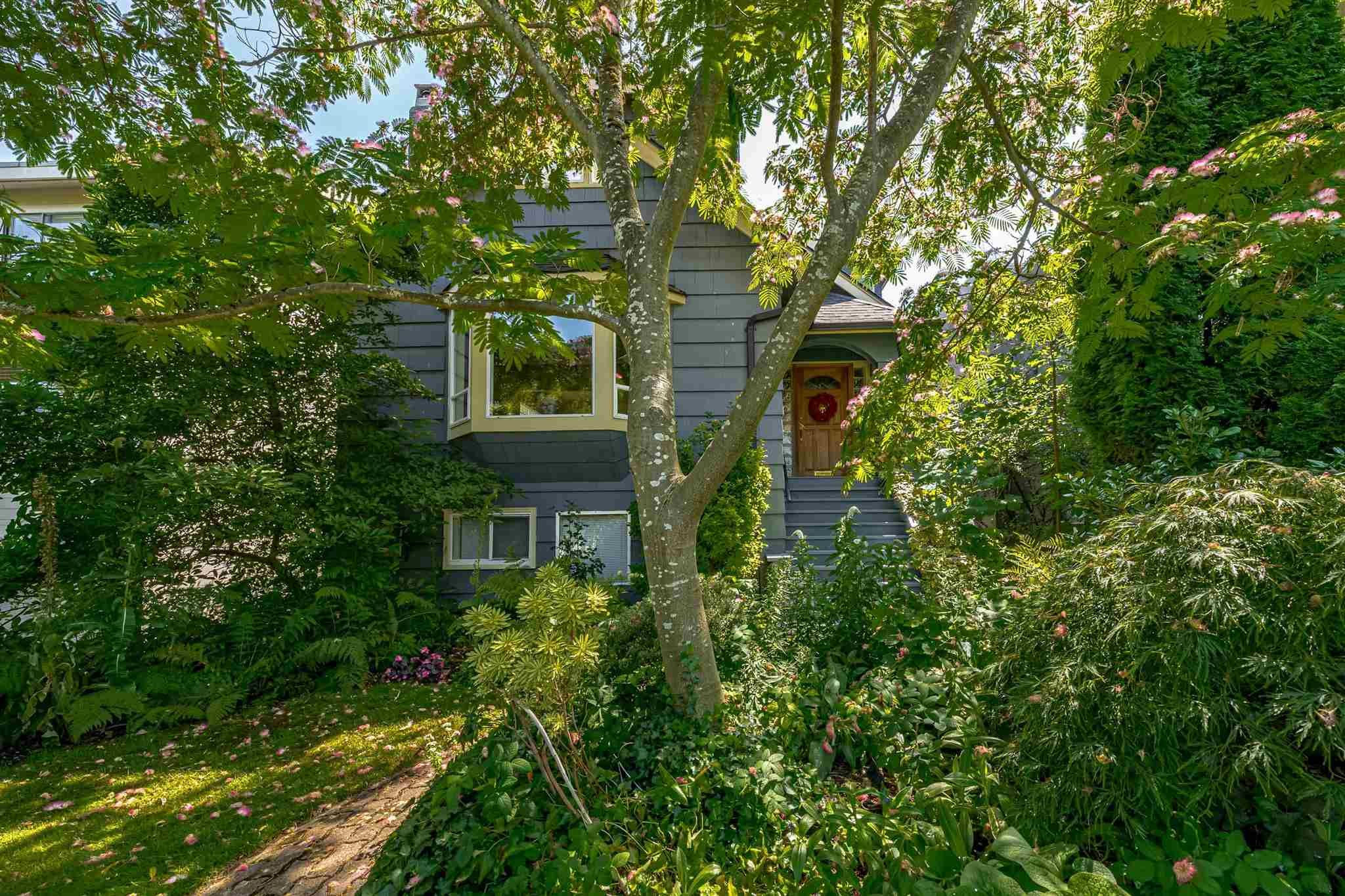 Main Photo: 3172 W 24TH Avenue in Vancouver: Dunbar House for sale (Vancouver West)  : MLS®# R2603321