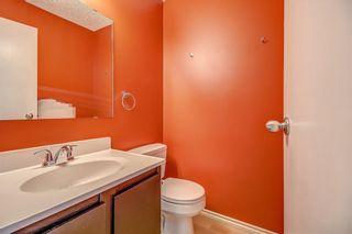 Photo 8: 145 WOODSMAN Lane SW in Calgary: Woodbine Row/Townhouse for sale : MLS®# C4303483