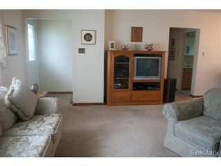 Photo 6: 2426 Wiggins Avenue South in Saskatoon: Saskatoon Area 02 (Other) Single Family Dwelling for sale (Saskatoon Area 02)  : MLS®# 438507