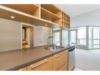 """Photo 12: 1304 833 SEYMOUR Street in Vancouver: Downtown VW Condo for sale in """"Capitol Residences"""" (Vancouver West)  : MLS®# R2504631"""
