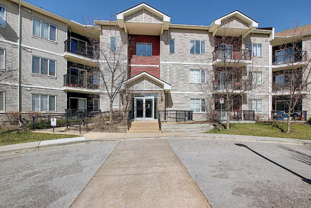 Main Photo: 1328 1540 Sherwood Boulevard NW in Calgary: Sherwood Apartment for sale : MLS®# A1095311
