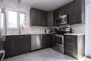 Photo 5: 2 Cranbrook Bay in Winnipeg: East Transcona Residential for sale (3M)  : MLS®# 202118878