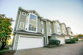 """Photo 1: 32 2662 MORNINGSTAR Crescent in Vancouver: Fraserview VE Townhouse for sale in """"FRASER WOODS"""" (Vancouver East)  : MLS®# R2216575"""
