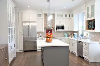Photo 6: 980 BALBIRNIE Boulevard in Port Moody: Glenayre House for sale : MLS®# R2551313
