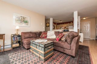"""Photo 3: 219 33175 OLD YALE Road in Abbotsford: Central Abbotsford Condo for sale in """"Sommerset Ridge"""" : MLS®# R2138933"""