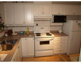 """Photo 2: 609 12148 224TH Street in Maple_Ridge: East Central Condo for sale in """"PANORAMA"""" (Maple Ridge)  : MLS®# V765669"""