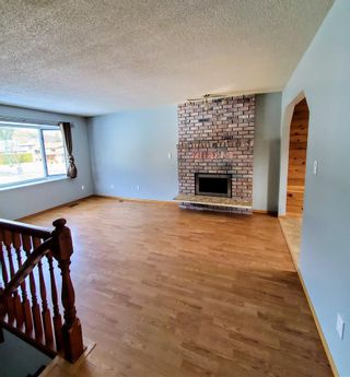 """Photo 5: 3048 CHRISTOPHER Crescent in Prince George: Pinecone House for sale in """"PINECONE"""" (PG City West (Zone 71))  : MLS®# R2549822"""