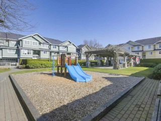"Photo 20: 110 935 EWEN Avenue in New Westminster: Queensborough Townhouse for sale in ""Coopers Landing"" : MLS®# R2351084"