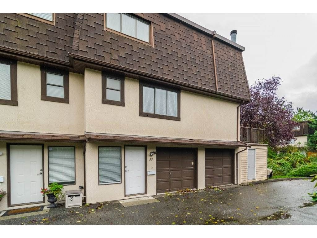 Main Photo: 33 27125 31A AVENUE in Langley: Aldergrove Langley Townhouse for sale : MLS®# R2116412