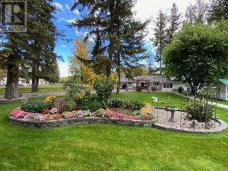 Photo 2: 3932 LOLOFF CRESCENT in Quesnel: House for sale : MLS®# R2625453