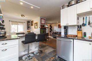 Photo 14: 205 949 Cloverdale Ave in VICTORIA: SE Quadra Condo for sale (Saanich East)  : MLS®# 820581
