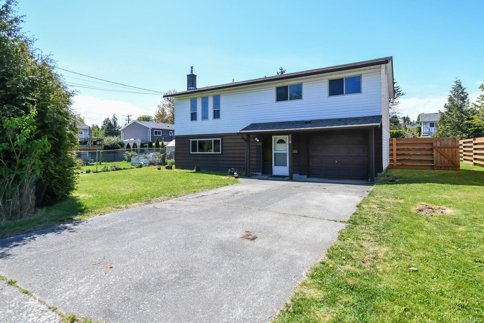 Main Photo: 519 Pritchard Rd in : CV Comox (Town of) House for sale (Comox Valley)  : MLS®# 874878