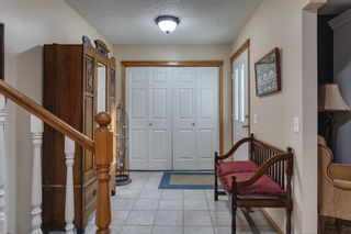 Photo 2: 167 Sunmount Bay SE in Calgary: Sundance Detached for sale : MLS®# A1088081