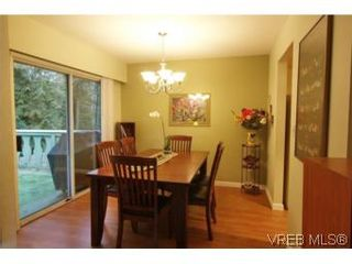 Photo 5: VICTORIA FAMILY HOME = THETIS HEIGHTS FAMILY HOME For Sale SOLD With Ann Watley.