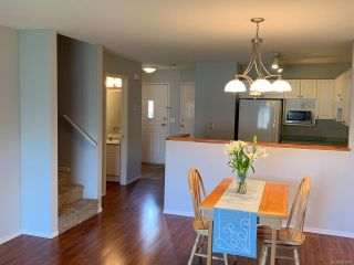 Photo 5: 73 717 Aspen Rd in COMOX: CV Comox (Town of) Row/Townhouse for sale (Comox Valley)  : MLS®# 811391