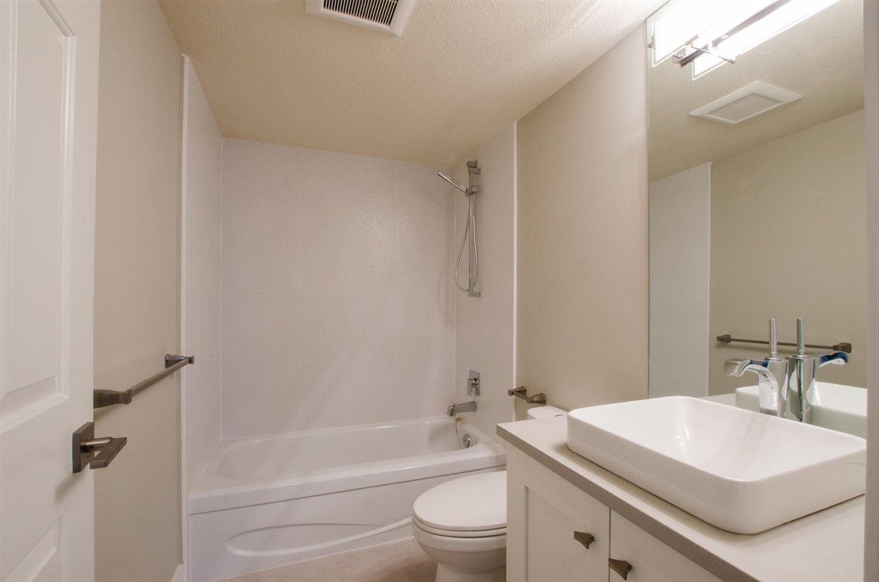 """Photo 7: Photos: 104 1327 BEST Street: White Rock Condo for sale in """"Chestnut Manor"""" (South Surrey White Rock)  : MLS®# R2339263"""