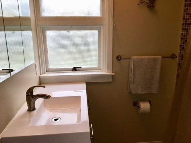 """Photo 8: Photos: 1148 YORSTON Avenue in Quesnel: Quesnel - Town House for sale in """"JOHNSTON SUB"""" (Quesnel (Zone 28))  : MLS®# R2407654"""