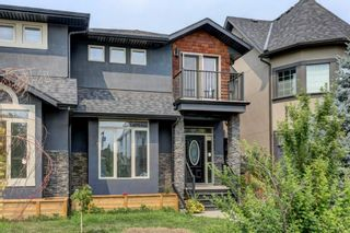 Photo 2: 2522 2 Avenue NW in Calgary: West Hillhurst Semi Detached for sale : MLS®# A1147806