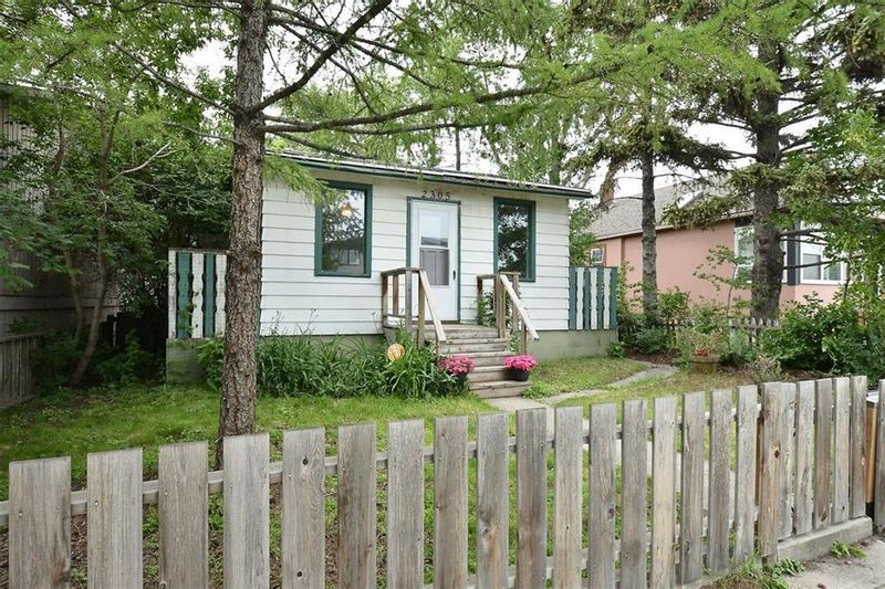 FEATURED LISTING: 2305 16 Street Southeast Calgary