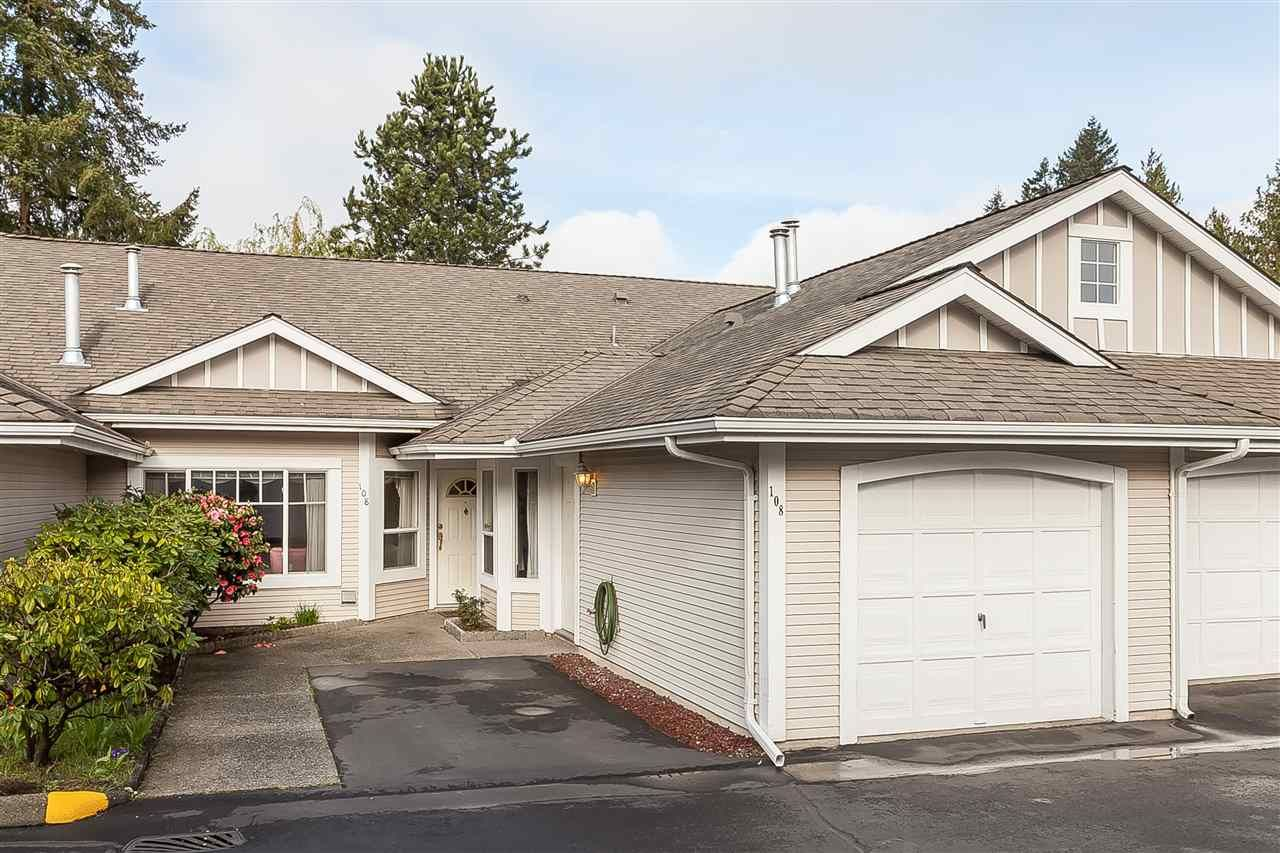 """Main Photo: 108 20655 88 Avenue in Langley: Walnut Grove Townhouse for sale in """"TWIN LAKES"""" : MLS®# R2358948"""