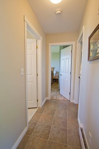 Photo 13: 107 Stanley Drive: Sackville House for sale : MLS®# M106742