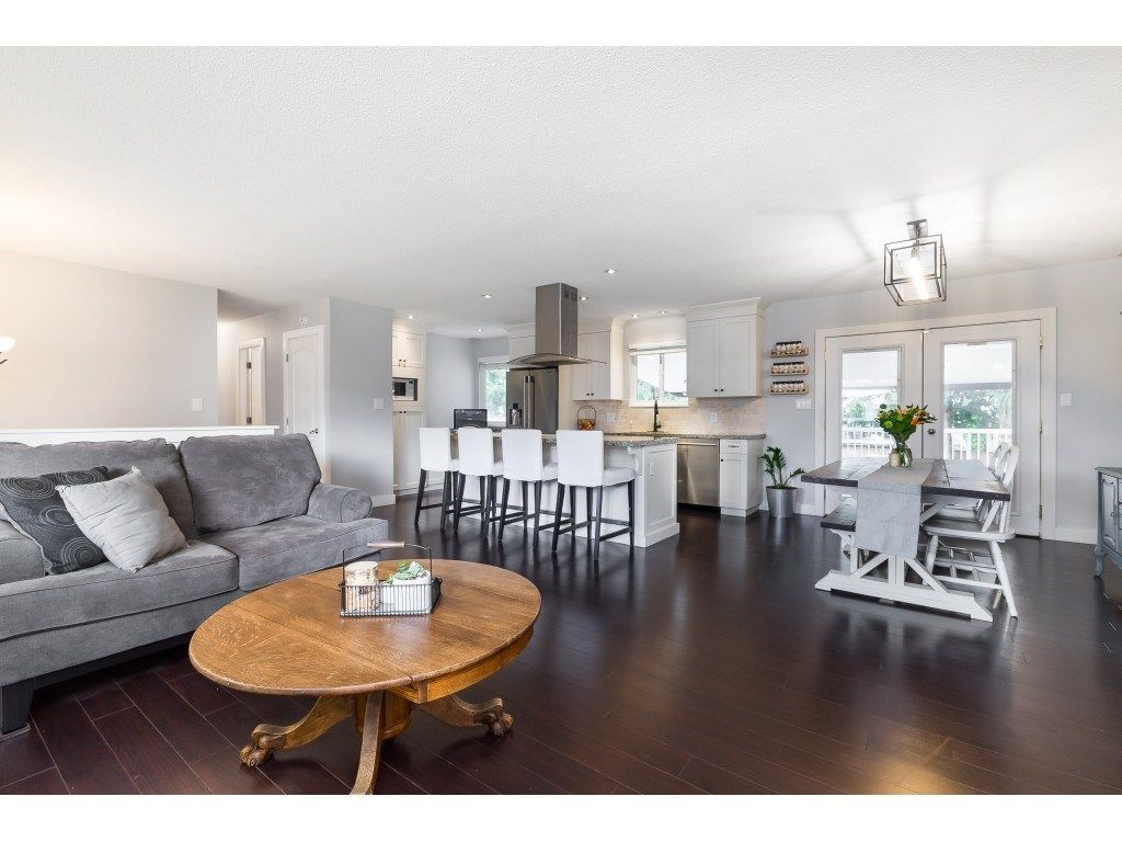 Photo 11: Photos: 34119 LARCH Street in Abbotsford: Central Abbotsford House for sale : MLS®# R2547045