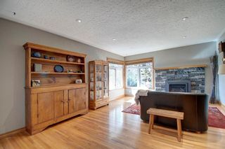 Photo 6: 3204 15 Street NW in Calgary: Collingwood Detached for sale : MLS®# A1149979