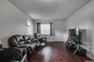 Photo 2: 1808 F Avenue North in Saskatoon: Mayfair Residential for sale : MLS®# SK867653