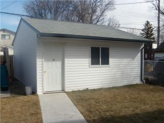Photo 2: 719 Pritchard Avenue in WINNIPEG: North End Residential for sale (North West Winnipeg)  : MLS®# 1002853