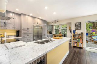 """Photo 9: 1148 STRATHAVEN Drive in North Vancouver: Northlands Townhouse for sale in """"Strathaven"""" : MLS®# R2579287"""