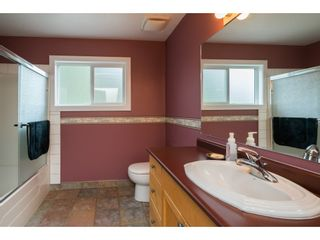 Photo 16: 8974 CLAY Street in Mission: Mission BC House for sale : MLS®# R2358300