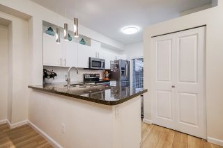 Photo 4: 74 935 EWEN Avenue in New Westminster: Queensborough Townhouse for sale : MLS®# R2625971