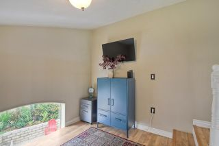 Photo 16: House for sale : 3 bedrooms : 1164 Avenida Frontera in Oceanside