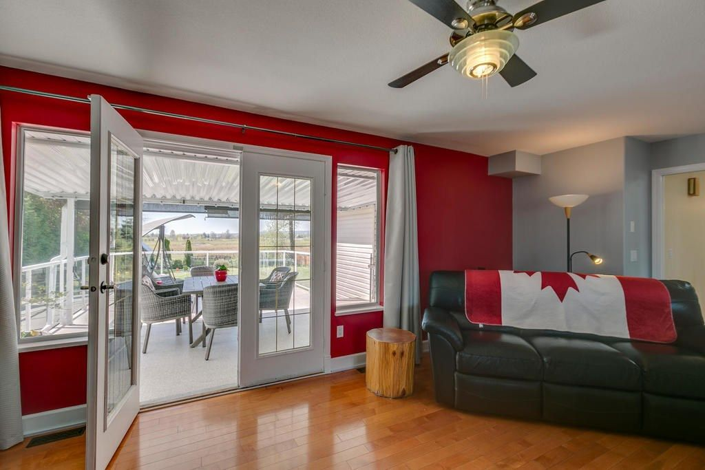 """Photo 15: Photos: 12403 188 Street in Pitt Meadows: West Meadows House for sale in """"HIGHLAND PARK AREA"""" : MLS®# R2261078"""