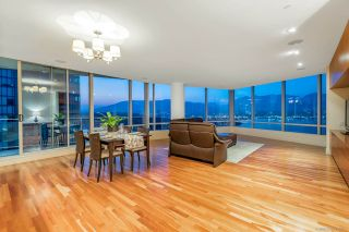 Photo 2: 2102 1077 W CORDOVA Street in Vancouver: Coal Harbour Condo for sale (Vancouver West)  : MLS®# R2293394