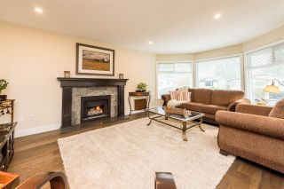 Photo 3: 1635 SUFFOLK Avenue in Port Coquitlam: Glenwood PQ House for sale : MLS®# R2320791