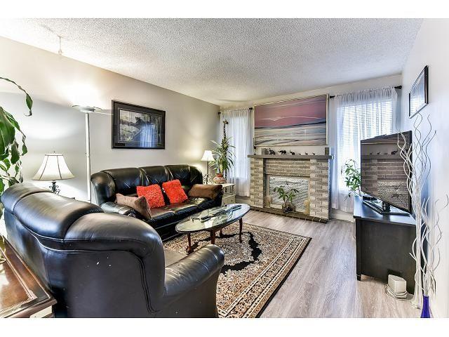 Main Photo: 6926 134 STREET in Surrey: West Newton 1/2 Duplex for sale : MLS®# R2050097