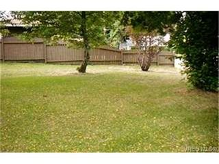 Photo 9:  in VICTORIA: Co Wishart South Half Duplex for sale (Colwood)  : MLS®# 372734