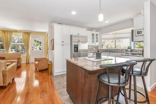 Photo 5: 3683 N Arbutus Dr in : ML Cobble Hill House for sale (Malahat & Area)  : MLS®# 880222