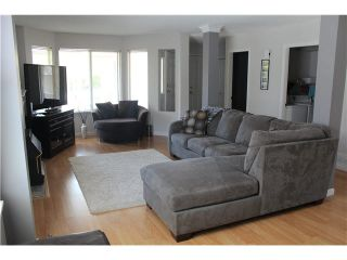 """Photo 3: 13 9045 WALNUT GROVE Drive in Langley: Walnut Grove Townhouse for sale in """"BRIDLEWOODS"""" : MLS®# F1412289"""