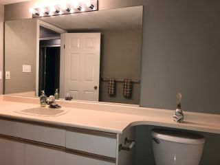 """Photo 8: 202 12101 80 Avenue in Surrey: Queen Mary Park Surrey Condo for sale in """"Surrey Town Manor"""" : MLS®# R2412281"""
