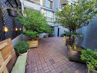 """Photo 4: 513 1270 ROBSON Street in Vancouver: West End VW Condo for sale in """"ROBSON GARDENS"""" (Vancouver West)  : MLS®# R2520033"""