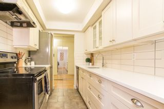 """Photo 8: 103 1330 MARTIN Street: White Rock Condo for sale in """"THE COACH HOUSE"""" (South Surrey White Rock)  : MLS®# R2517158"""