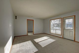 Photo 15: 6807 Pinecliff Grove NE in Calgary: Pineridge Row/Townhouse for sale : MLS®# A1121395
