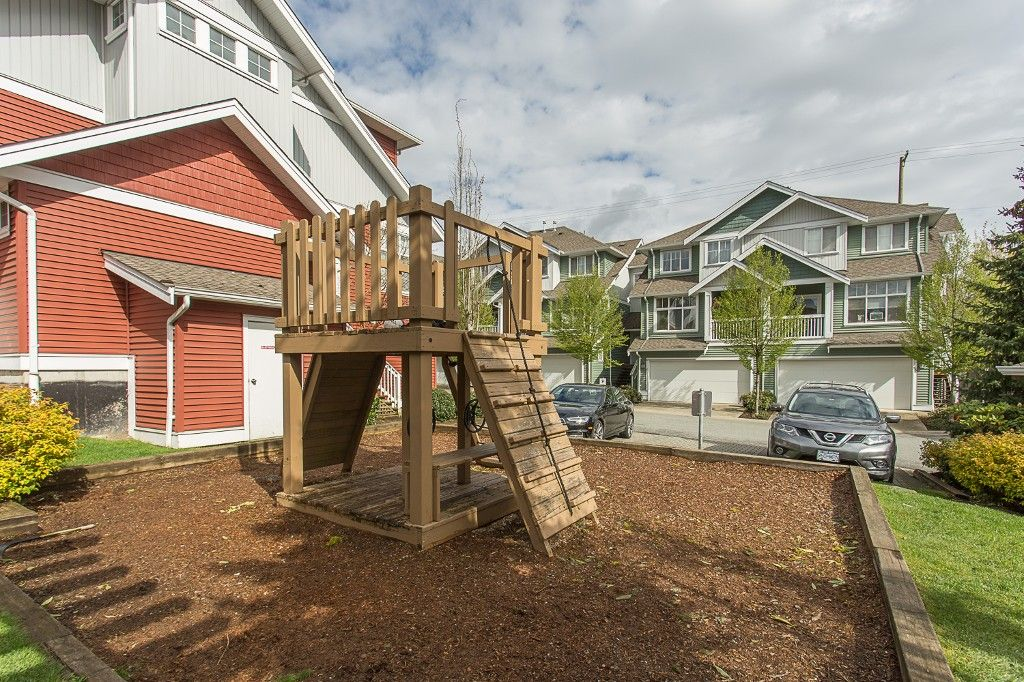 "Photo 50: Photos: 6 6785 193 Street in Surrey: Clayton Townhouse for sale in ""MADRONA"" (Cloverdale)  : MLS®# R2160056"