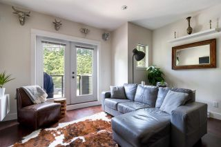 """Photo 4: 103 3382 VIEWMOUNT Drive in Port Moody: Port Moody Centre Townhouse for sale in """"Lillium Villas"""" : MLS®# R2187469"""